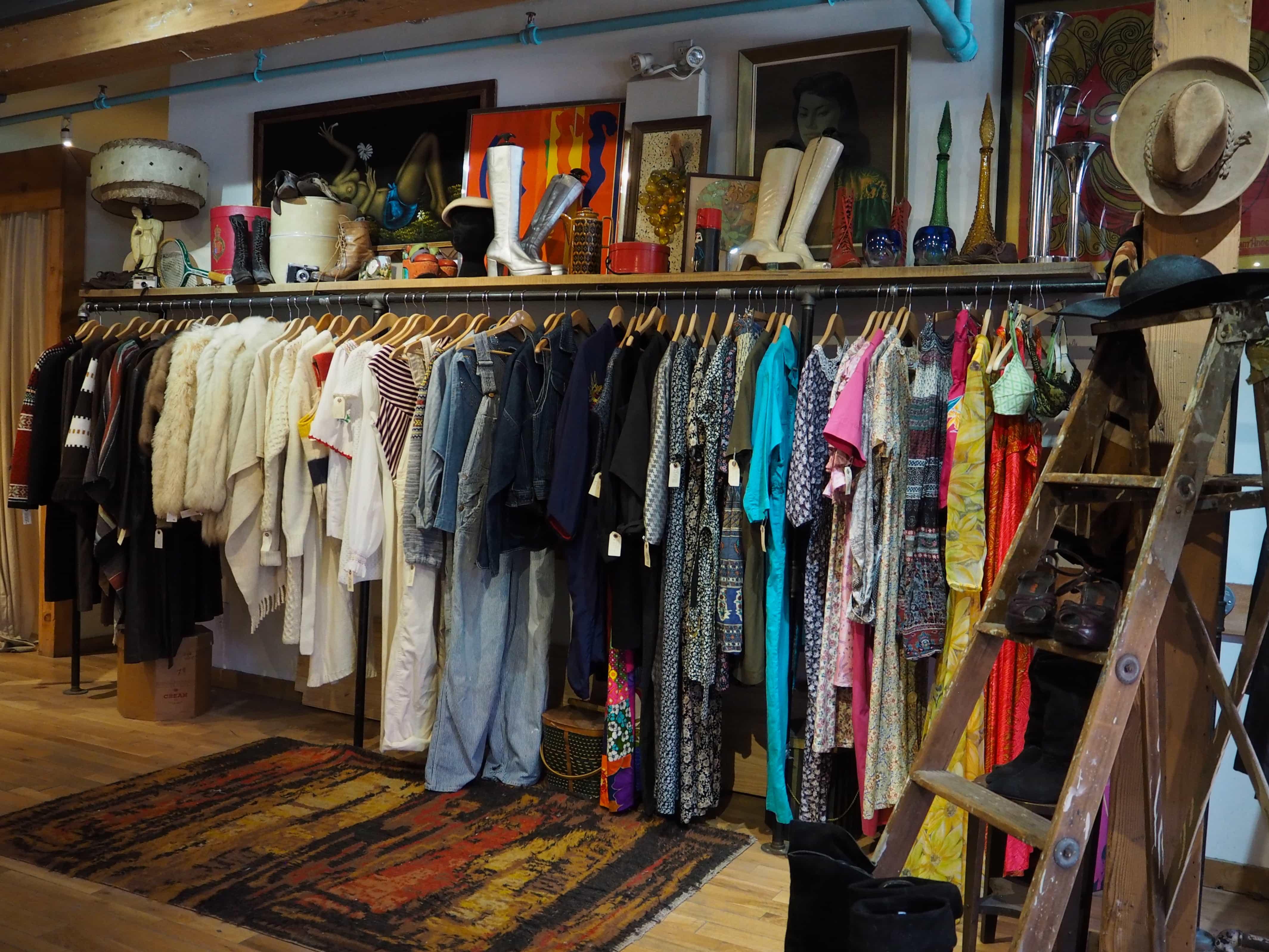 Asu toronto clothing stores hours
